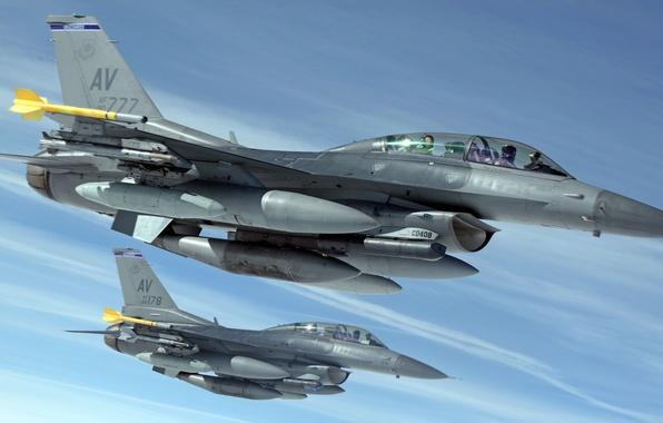 Картинка истребители, пара, кабина, F-16, Fighting Falcon, пилоты, «Файтинг Фалкон»
