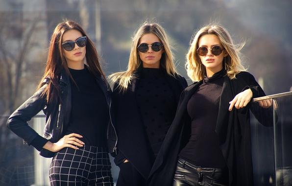 Картинка три девушки, City Style, три модели