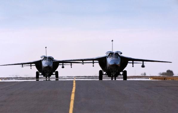 Картинка Самолет, Истребитель, Земля, Взлетная Полоса, Муравьед, США, ВВС, Многоцелевой, Два, Авиации, Двухместный, F 111