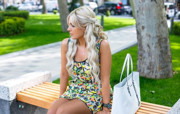 Картинка лето, девушка, лицо, волосы, платье, прическа, блондинка, ножки, милашка