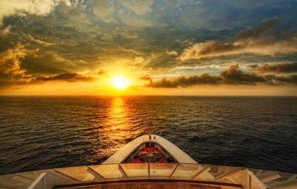 Картинка море, волны, небо, вода, солнце, закат, природа, река, фон, widescreen, обои, настроения, лодка, волна, корабль, ...
