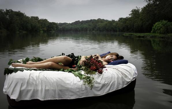Картинка девушка, цветы, озеро, ситуация