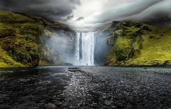 Картинка вода, облака, природа, река, скалы, водопад, Исландия, Iceland, Skogafoss, Скогафосс