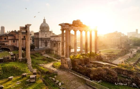 Картинка солнце, город, рассвет, утро, площадь, Рим, Италия, арка, колонны, храм, архитектура, Italy, Rome, достопримечательности, Forum …