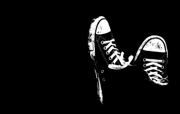 Картинка черно-белый, обувь, кеды, минимализм, черный фон, шнурки
