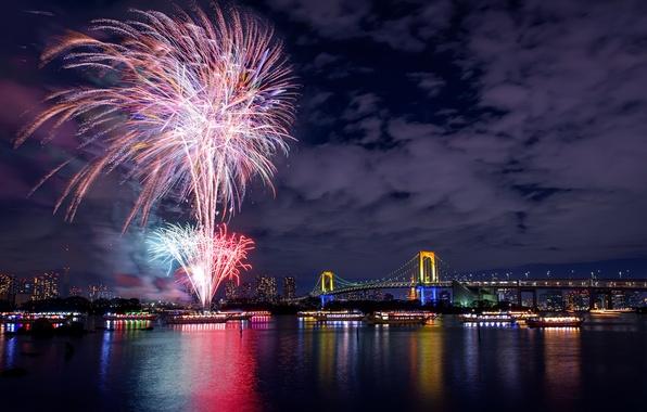 Картинка ночь, мост, огни, река, праздник, салют, Япония, Токио, фейерверк, ночной город, столица