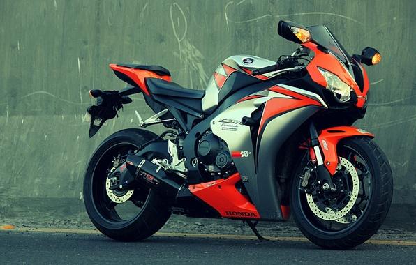 Картинка оранжевый, стена, мотоцикл, honda, bike, хонда, orange, cbr1000fireblade