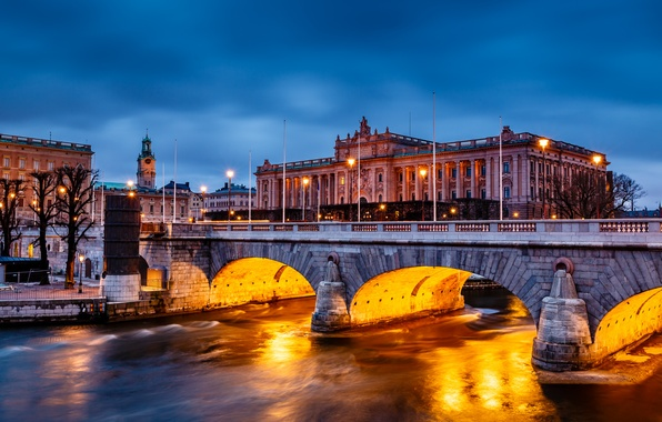 Картинка вода, деревья, мост, город, озеро, здание, вечер, подсветка, Стокгольм, Швеция, парламент, Sverige, Stockholm, Riksdag Building, …