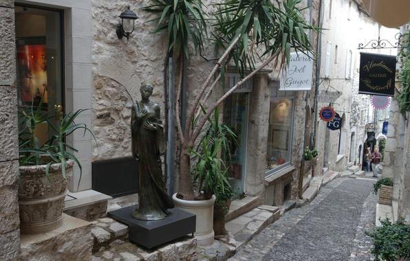 Фото обои цветы, Сен-Поль-де-Ванс, Франция, Лазурный берег, улочка, скульптура