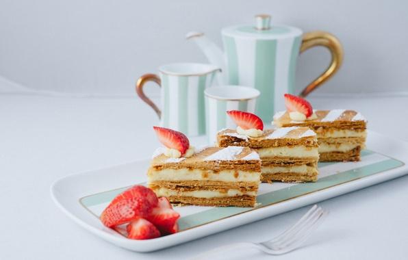 Картинка ягоды, еда, клубника, чашки, торт, пирожное, cake, крем, десерт, food, сладкое, dessert, berries, strawberries, мильфей