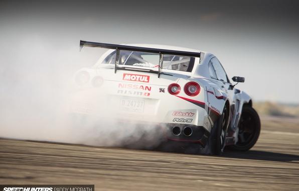Картинка дым, дрифт, Nissan, speedhunters, NISMO-GT, The World's Fastest Drift Car