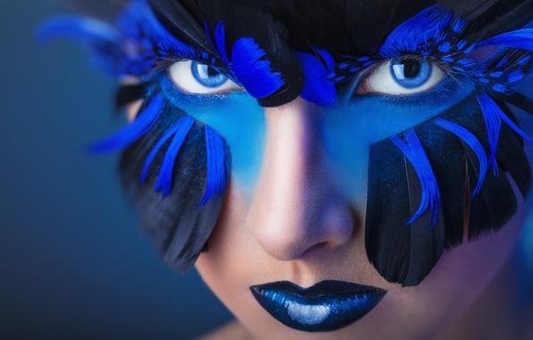 Картинка взгляд, девушка, стиль, перья, макияж, голубые глаза