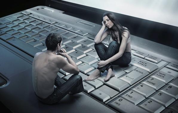 Картинка девушка, клавиатура, ноутбук, парень, виртуальность, общение