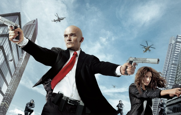 Картинка девушка, оружие, пистолеты, дома, вертолеты, киллер, убийца, спецназ, Хитмэн, Katia, Rupert Friend, Хитмэн: Агент 47, …