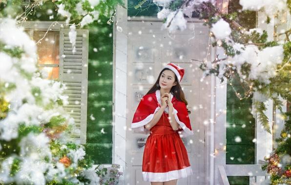 Картинка девушка, дом, праздник, рождество, костюм, азиатка