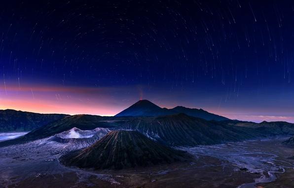 Картинка небо, звезды, ночь, вулкан, Индонезия, Бромо, Ява, Indonesia, Bromo-Tengger-Semeru National Park