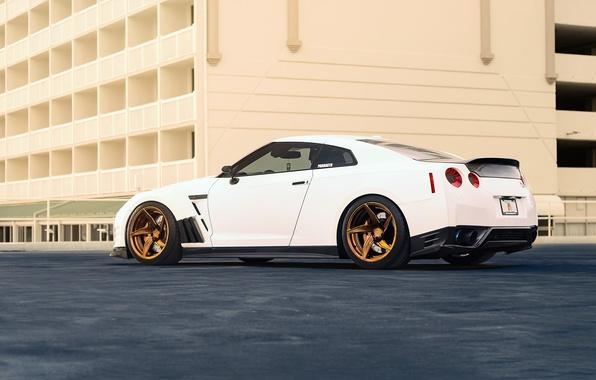Картинка Nissan, GT-R, Car, Power, White, R35, Sport, Rear, Ligth