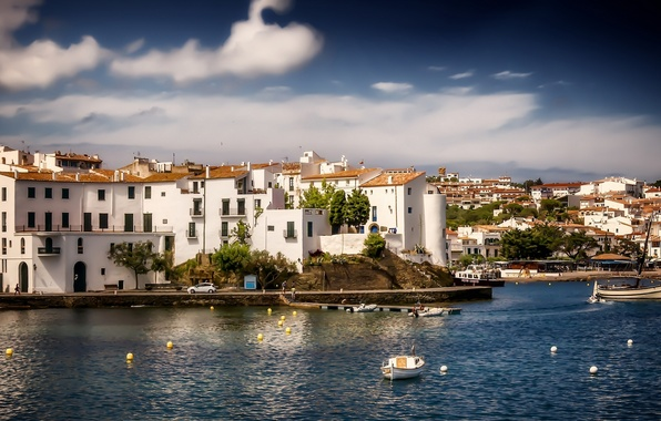Картинка здания, лодки, панорама, Испания, набережная, гавань, Spain, Каталония, Средиземное море, Catalonia, Mediterranean Sea, Кадакес, Cadaques