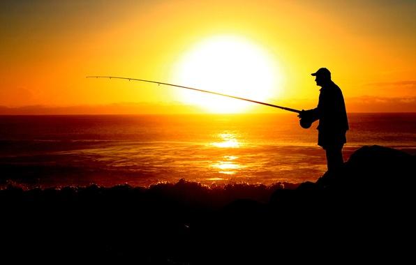 Картинка море, небо, солнце, закат, рыбак, силуэт, удочка