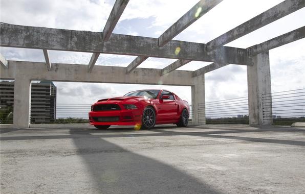Картинка небо, облака, красный, тень, mustang, мустанг, red, ford, форд, gt5.0