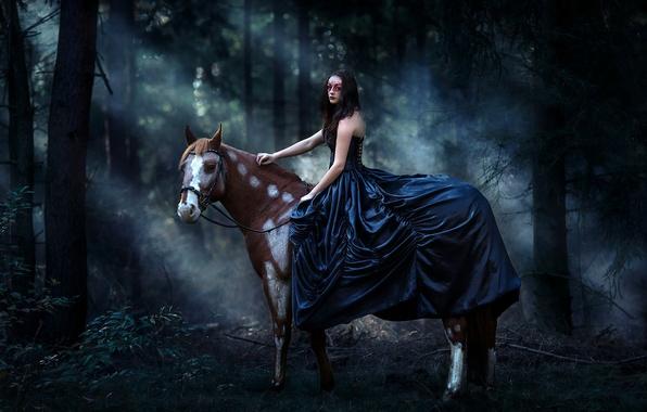 Картинка лес, девушка, конь, лошадь, платье, маска