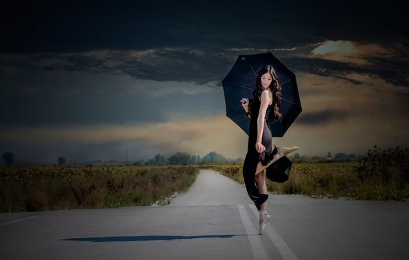 Картинка дорога, тучи, танец, зонт, девочка, балерина, пуанты