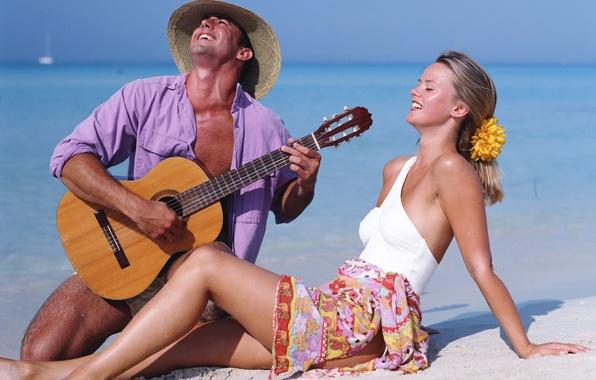 Картинка море, пляж, небо, девушка, гитара, парень