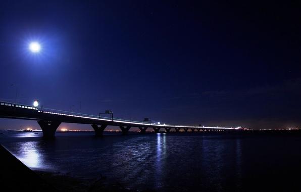 Картинка свет, ночь, мост, город, огни, луна, light, moon, river, bridge, water