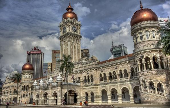 Картинка пальмы, здание, часы, башни, Малайзия, купола, Kuala Lumpur, Malaysia, Куала-Лумпур, Здание Султана Абдул Самада, Sultan …