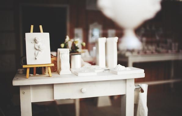 Картинка стол, ангел, мольберт