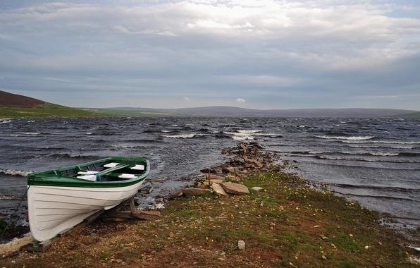 Картинка волны, тучи, озеро, ветер, берег, лодка
