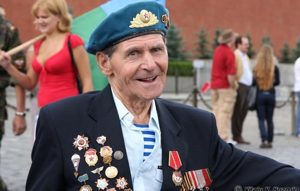 Картинка герой, день победы, ветеран, 9 мая, красная площадь, Великой Отечественной Войны