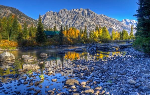 Картинка осень, небо, деревья, горы, озеро, дом, отражение, река, ель, hdr, сша, wyoming, grand teton national …