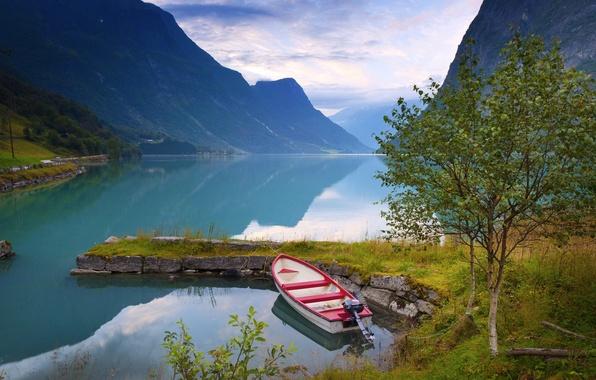Картинка деревья, горы, природа, озеро, лодка, Норвегия, Norway, берёзки
