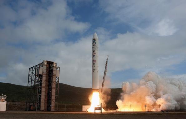 Картинка ракета, старт, пуск, Космодром