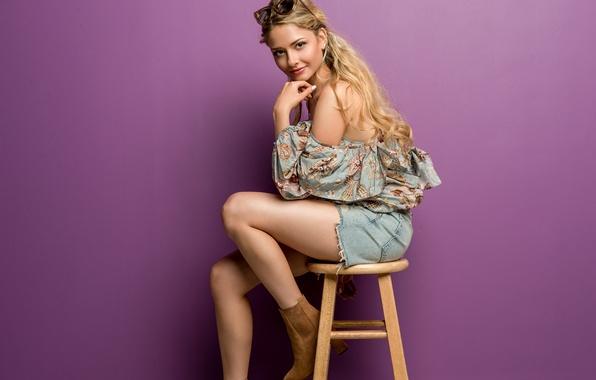 Картинка девушка, лицо, стиль, волосы, сапоги, очки, стул, сумка, ножки, милашка, Isabel