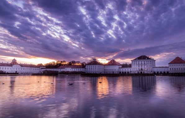 Картинка небо, облака, закат, город, река, замок, вечер, Германия, Мюнхен, Бавария, Germany, sunset, дворец, Munich, evening, …