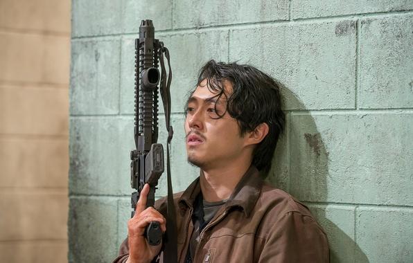 Картинка оружие, стена, The Walking Dead, Ходячие мертвецы, Steven Yeun, Glenn