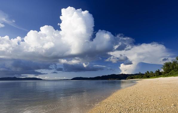 Картинка песок, море, небо, облака, пейзаж, горы, природа, фон, обои, берег, побережье, растения, картинка, изображение