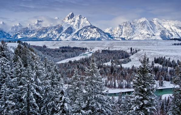 Картинка зима, лес, небо, снег, деревья, горы, природа, река, долина