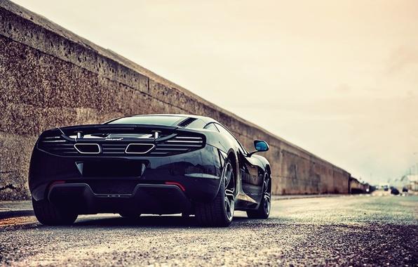 Картинка дорога, car, машина, машины, city, город, улица, McLaren, трасса, черная, автомобиль, black, вид сзади, road, …