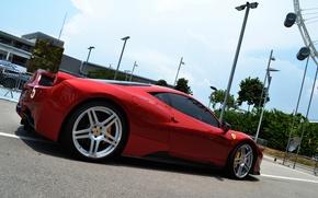 Картинка небо, красный, серый, здание, фонари, Ferrari, silver, red, gallardo, lamborghini, феррари, 458, italia, sky, италия, …