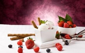 Картинка ягоды, малина, черника, клубника, мороженое, десерт, трубочки