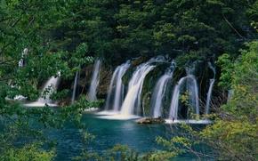 Обои водопад, камни, лес