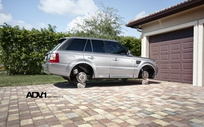 Картинка гараж, серебристый, Land Rover, Range Rover, на кирпичах, рендж ровер, WHEELS, лэнд ровер, ADV 1, …