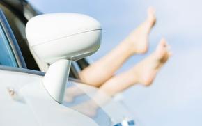 Обои машина, небо, девушка, макро, фон, голубой, отдых, widescreen, обои, ноги, настроения, зеркало, relax, wallpaper, ножки, ...