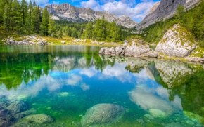 Картинка небо, деревья, горы, озеро, камни, скалы, альпы, Словения