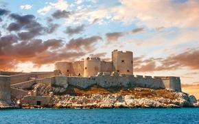 Картинка облака, небо, Chateau d'If Marseille, море, замок, Франция, башни, стены, солнечно, камни