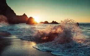 Обои море, солнце, волны, пляж, брызги