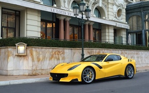 Картинка Ferrari, yellow, street, F12tdf